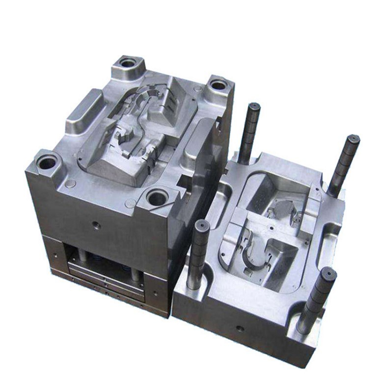 Custom plastic injection and extrusion molds